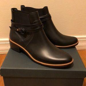 Bernardo rain booties